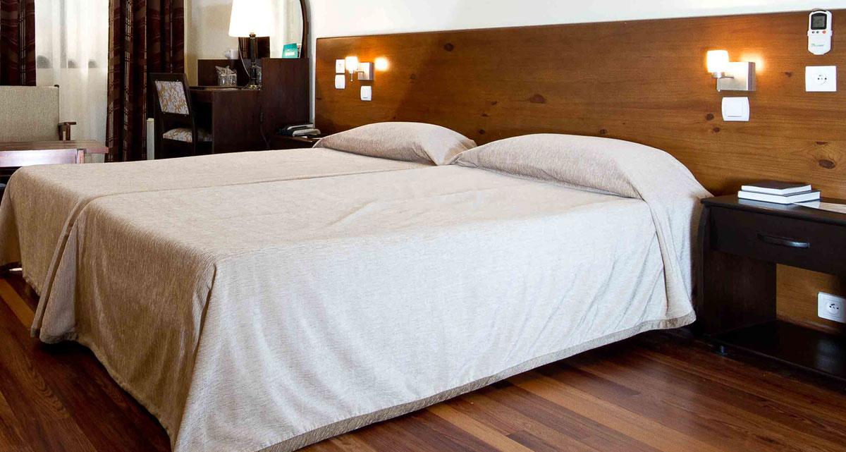 chambre-hotel-gregoire-slide1