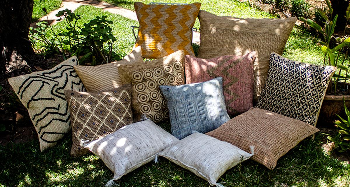 Cushions Tsimoka Madagascar1